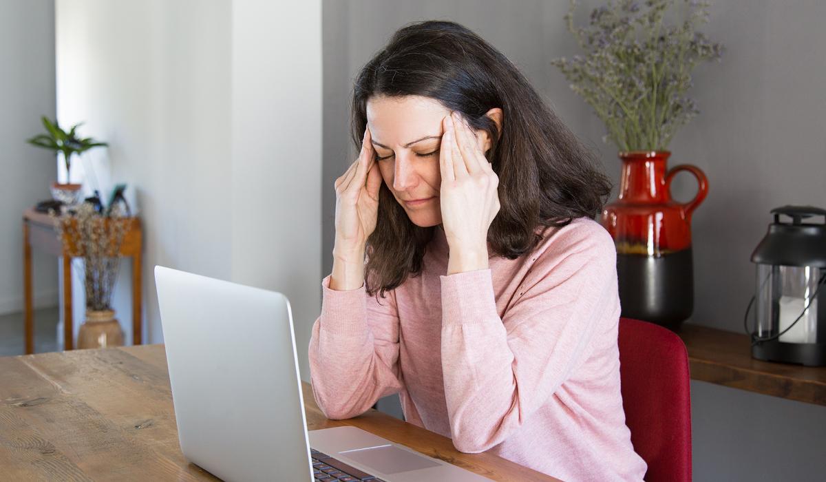 Pogost glavobol je lahko migrena