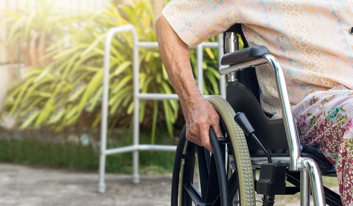Na vozičku zaradi multiple skleroze
